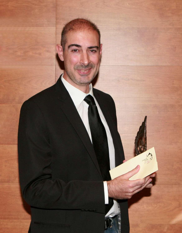 Marcos Fajardo recogiendo el premio SCIE